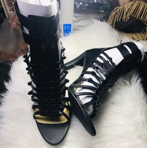 Shoes - 🆕️Black Detailed Cut Out Side Lace Up Peep Toe Ch